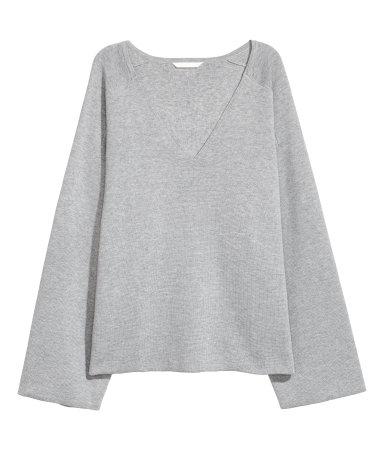 H&M V-neck Sweater • H&M • $14.99